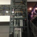 Ограждение лифта из стекла