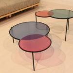 Стол из цветного стекла
