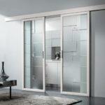 Раздвижные межкомнатные двери из стекла