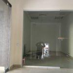 Стеклянная интерьерная перегородка с дверями